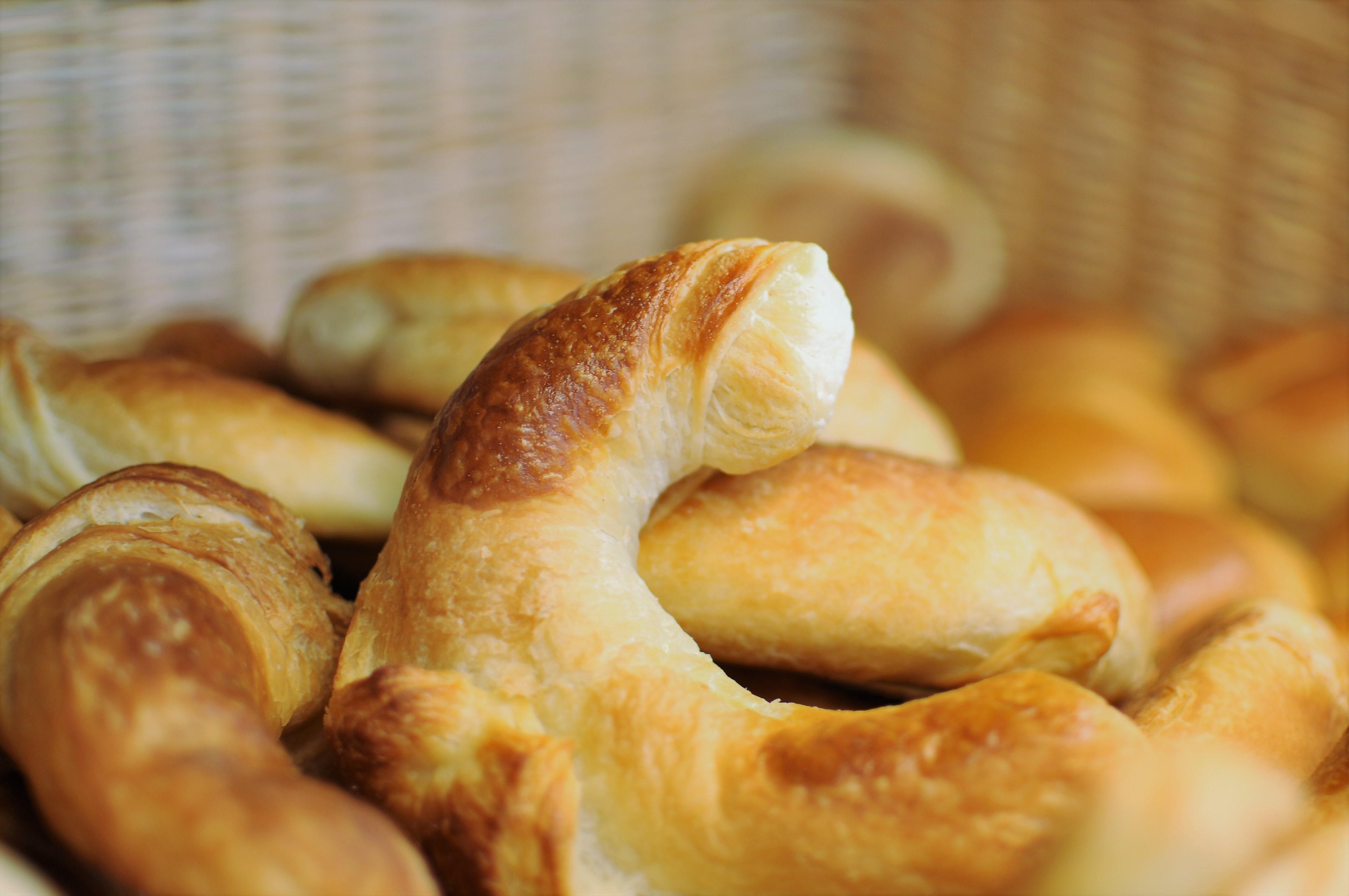 confiserie hedinger, aigle, monthey, chablais, vaudois, valais, produit, artisanal, boulanger, boulangerie, croissant, maison, tadition